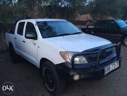 2005 Toyota Hilux Double-Cab