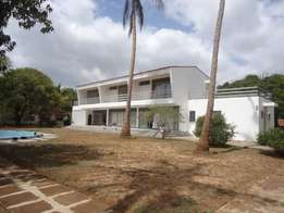 4 Bedrooms Own compound House For Rent,Nyali