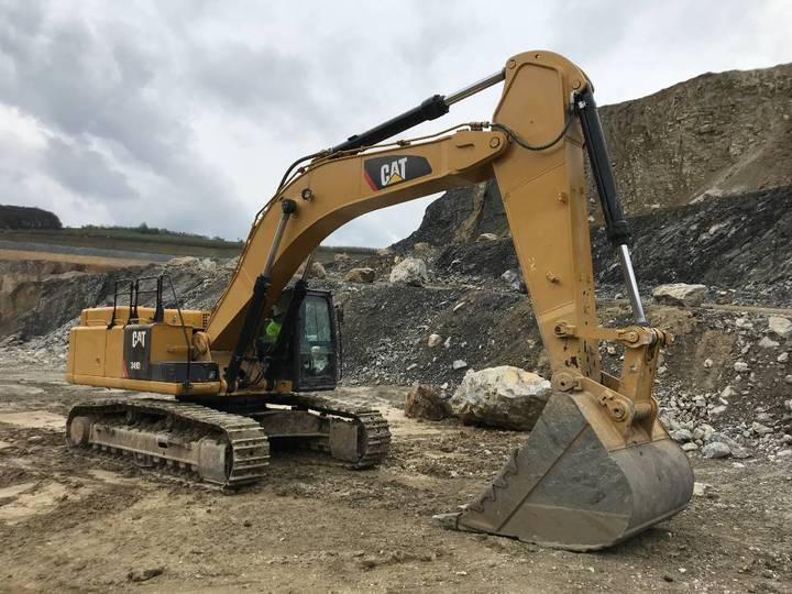 Caterpillar 349 D2L (2pc) - 2017