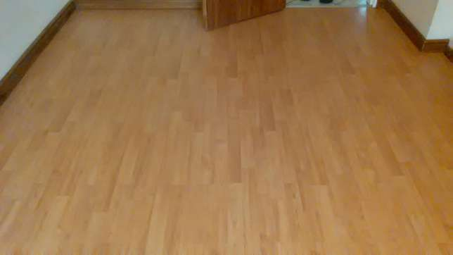 Granite tops and Wooden flooring Midrand - image 7