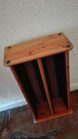 CD rack and bar stools. 300r for the lot. Mowbray - image 4