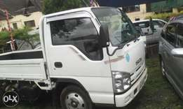 Isuzu ELF, unregistered, year 2009, 3000 CC, manual diesel.