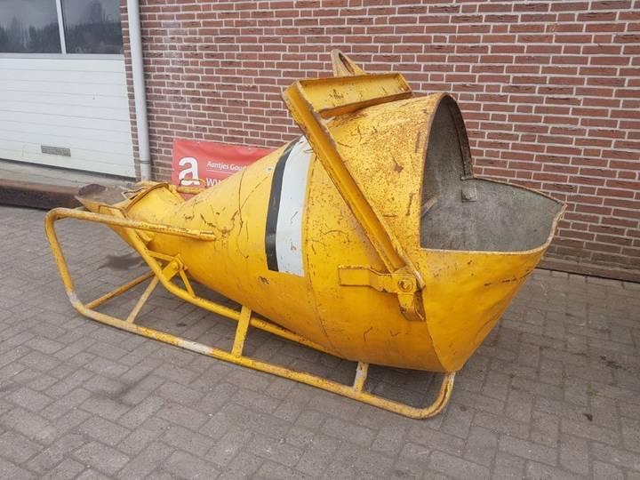 Beco BETONKUBEL  concrete mixer