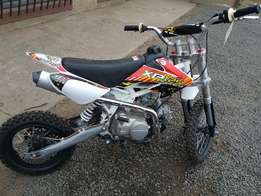 Puzey XP125 Pitbike-New at old price!
