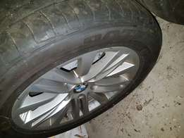 2 x 225/50/R16 runflat tyres with original BMW mags.