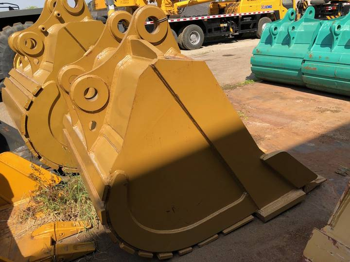 Caterpillar 345D/350B 57 inch Digging Bucket - 2018