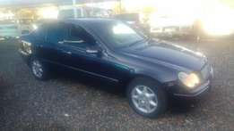 2003 Mercedes Benz C220 CDI - 6 spd manual