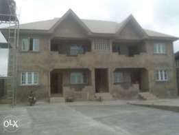 To let 4bkocks of 2bedrioms flat at tera estate akobo Ibadan