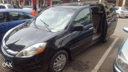 Cleanest used Toyota Sienna 2009 for sale