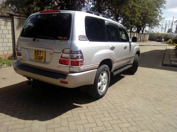 Toyota Landcruiser Vx 2005 Model In immaculate Condition Karen - image 6