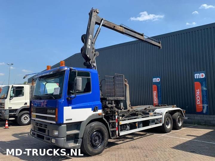 DAF 85 330 manual 6x2 Hiab 135 crane - 1995