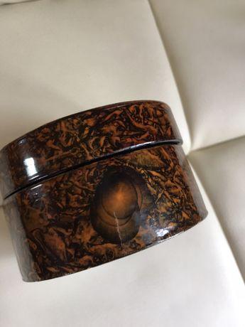 Pudełko z pieskiem (np. na biżuterię) Robert J May Gniszewo