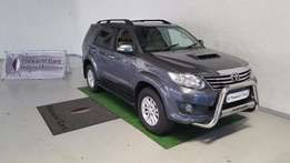 Toyota Fortuner 3.0 d4d R/B Automatic 2013 Model