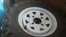 Nissan 1400 rims with quad tyres