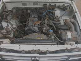 2.4D Toyota Hilux 1991 ENGINE * Complete. 100% running condition.