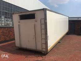 Truck cooling Container