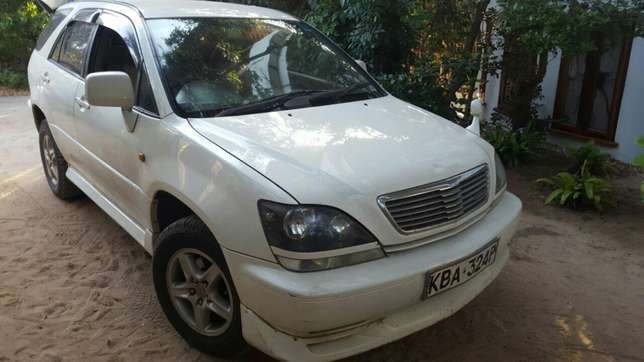 Clean and Well Maintained Harrier Old Shape 2200cc Mombasa Island - image 1