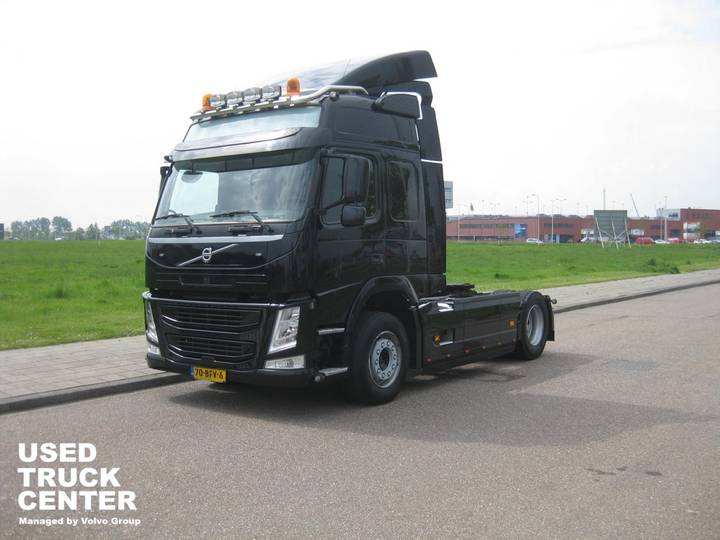 Volvo FM 370 4X2 GLOBEROTTER EURO6 - 2015