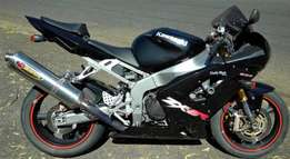 04 Kawasaki ninja zx6r for sale black with all papers