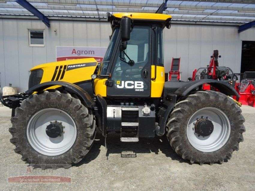 JCB fastrac 3230 - 2011 - image 2