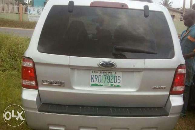 Very neat ford escape 2011 Ibadan Central - image 5