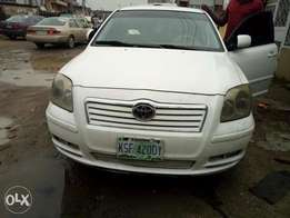 Neatly Used Toyota Avensis 2003