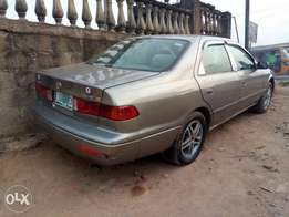 A sharp and neatly used 2001 Toyota camry, ac, cd, alloy, auto, fabric