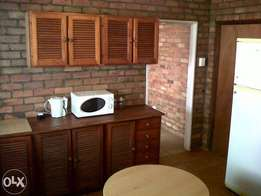 1 Bedroom,Kitchen & shower incl light and water