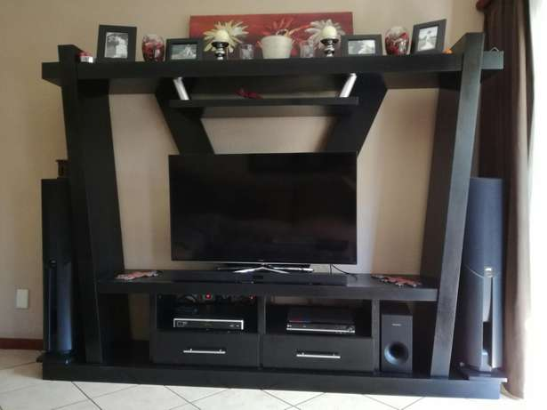 Large tv unit. Solid wood with ebony veneer Annlin - image 1