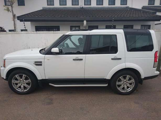 2011 Land Rover Discovery 4 Sdv6 R399 995 Durban - image 2