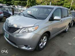 Toyota Sienna Leather 2011 Model For N3.8M