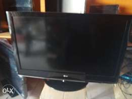 LG & SAMSUNG 42inches London Used Television