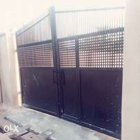 Three bed room flat to let at Ido local Govt BCJ apata Ibadan