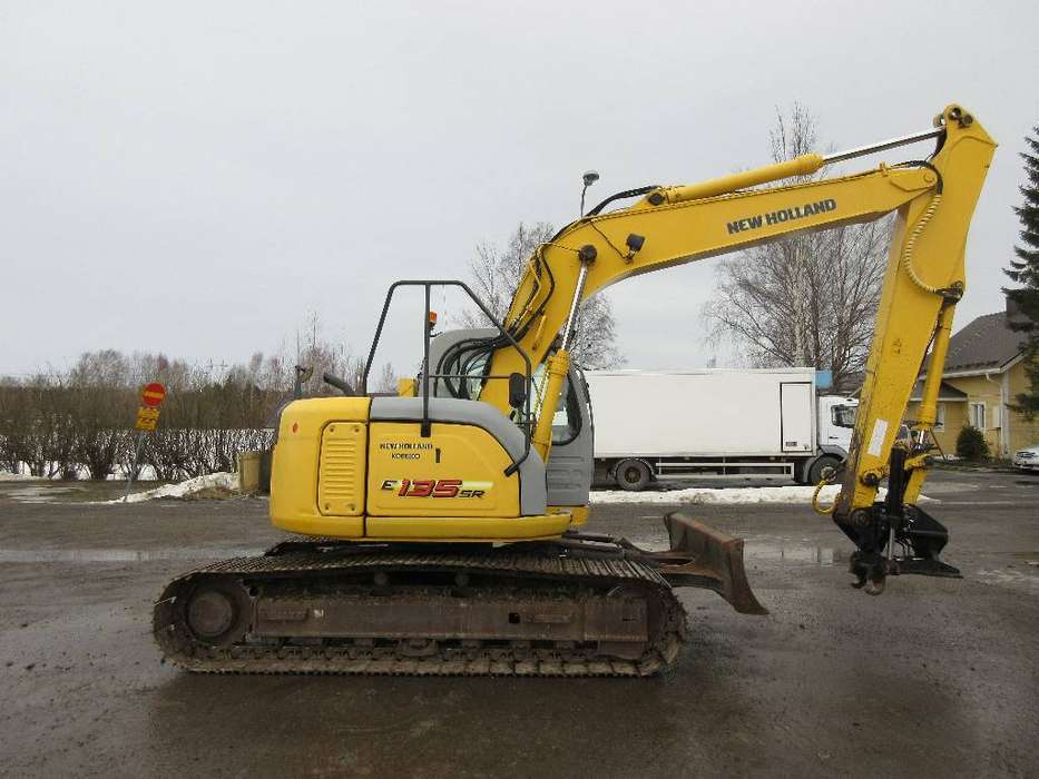 New Holland E135srlcd - 2007
