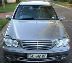 06 mercedes C180 kompressor in great condition
