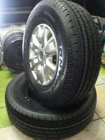 Ford Ranger mags 16 inch with tyres Continental 255/70R16C set of four Pretoria West - image 7