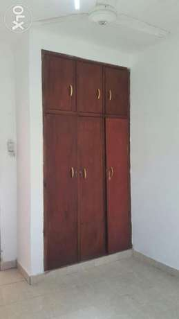 Town 3 bedroom house for rent in island dishes Kibokoni - image 5