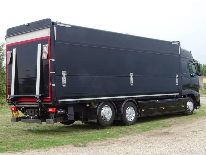Volvo FH 500 GLOBETROTTER 6x2 LIFTAS - 2014