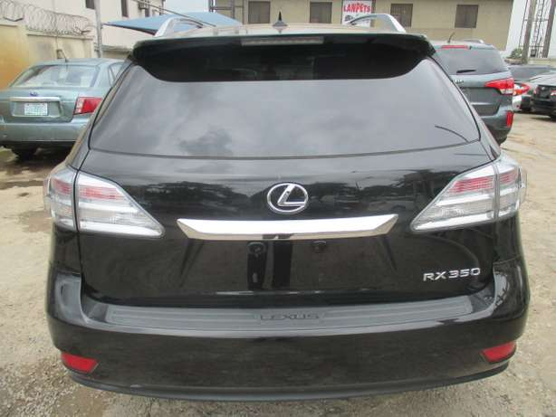 Extremely Clean Lexus RX350,011 Tokunbo Lagos Mainland - image 8