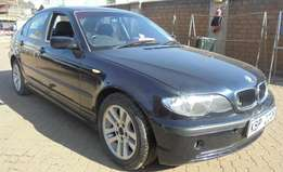 selling a clean used BMW 318i