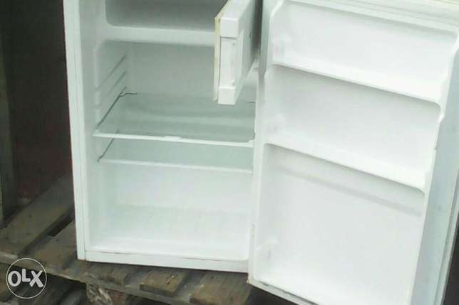Quality fridge and freezer Alimosho - image 1