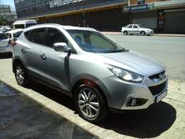 2013 model hyundai ix35 2.0,suv,silver,57 000km,for sale