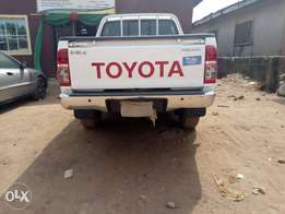 Toyota Hilux (Automatic drive)