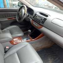 Very clean leather,sound,super sharp Reg TOYOTA CAMRY BIGDADDY 04model