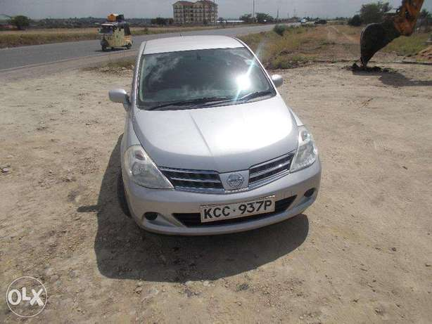 Well-maintained Nissan Tiida, first owner Nairobi CBD - image 1