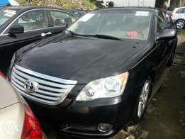 Dire the 2008 Toyota Avalon. Price Negotiable