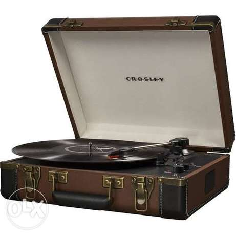 Crosley CR6019Turntable with Bluetooth and Pitch Control