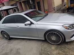 Toks E350 Benz up for grabs