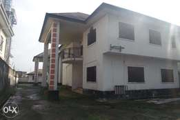 Twin Duplex For Lease