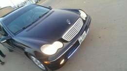 Registered 2004 Mercedes-Benz C240 for sale in Abuja